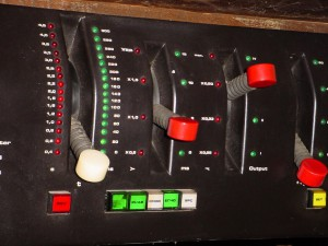 EMT 250 digital reverb unit